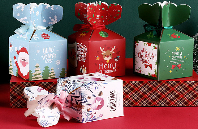 Christmas color boxes