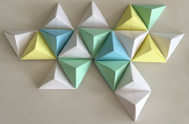 triangular paper containers